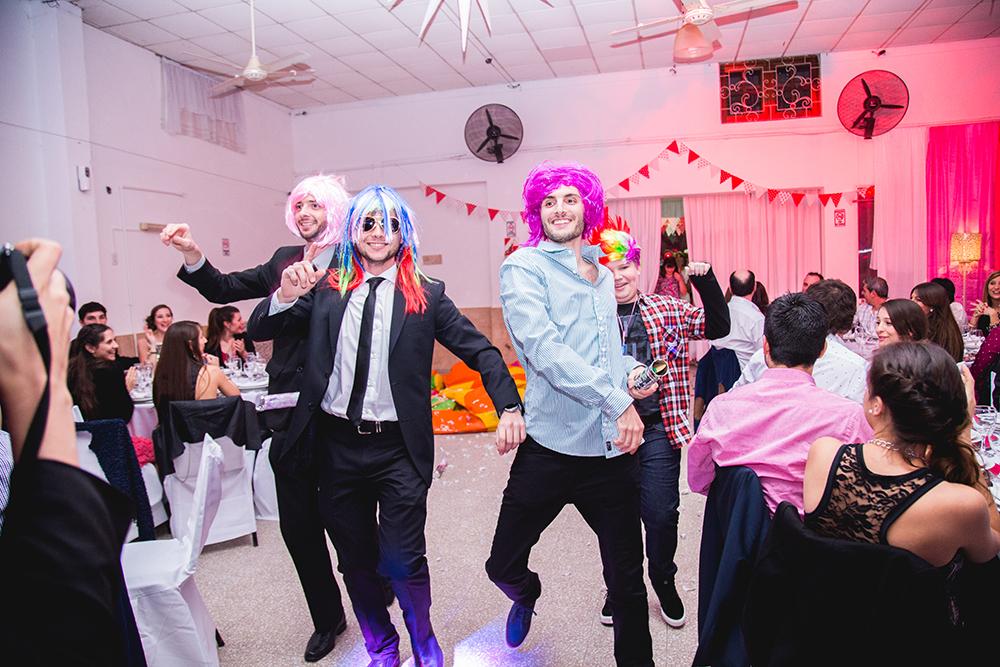 Fotos de la boda de Belu y Ariel.Casamiento en Casilda realizado por Bucle Fotografías.Fotógrafas Flor Bosio y Caro Cle