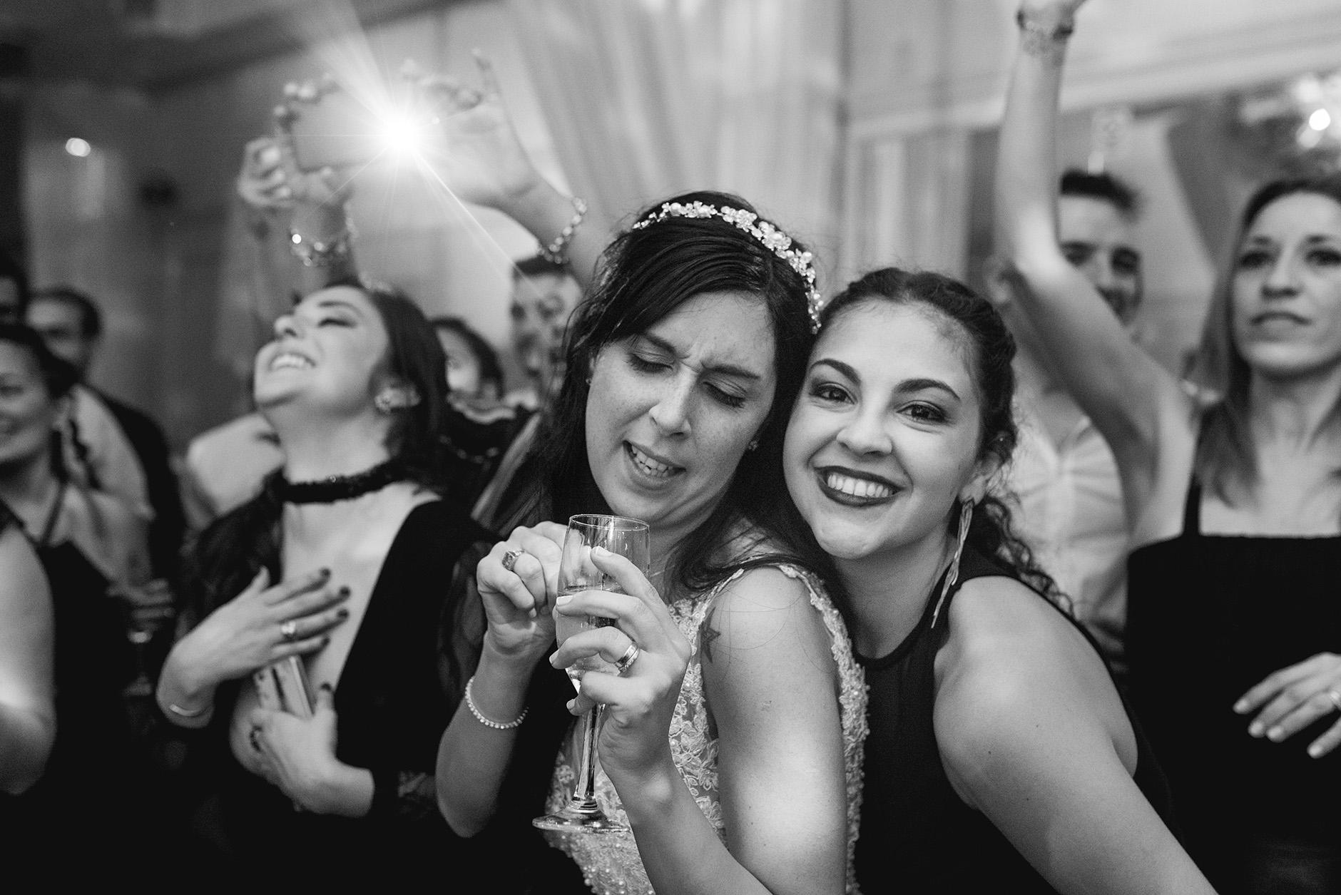 Fotos de la boda de Cintia y Cristian en Rosario realizadas por Bucle Fotografias. Flor Bosio y Caro Clerici
