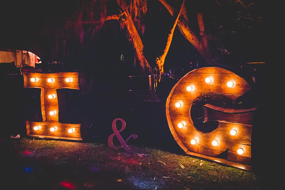 Fotos de la boda de Gaby e Ivan Casamiento en Rosario realizado por Bucle Fotografías Fotógrafas Flor Bosio y Caro Cle Organización Ch Artistica y Eventos.