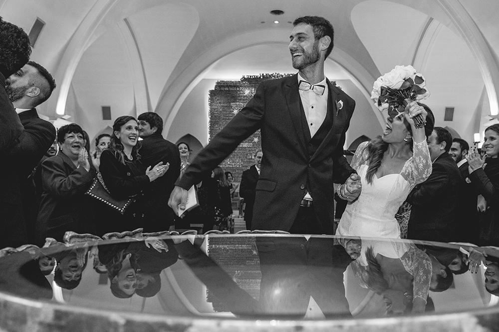 Fotos de la boda de Mai y Cris. Casamiento en Rosario realizado por Bucle Fotografías.Fotógrafas Flor Bosio y Caro Cle