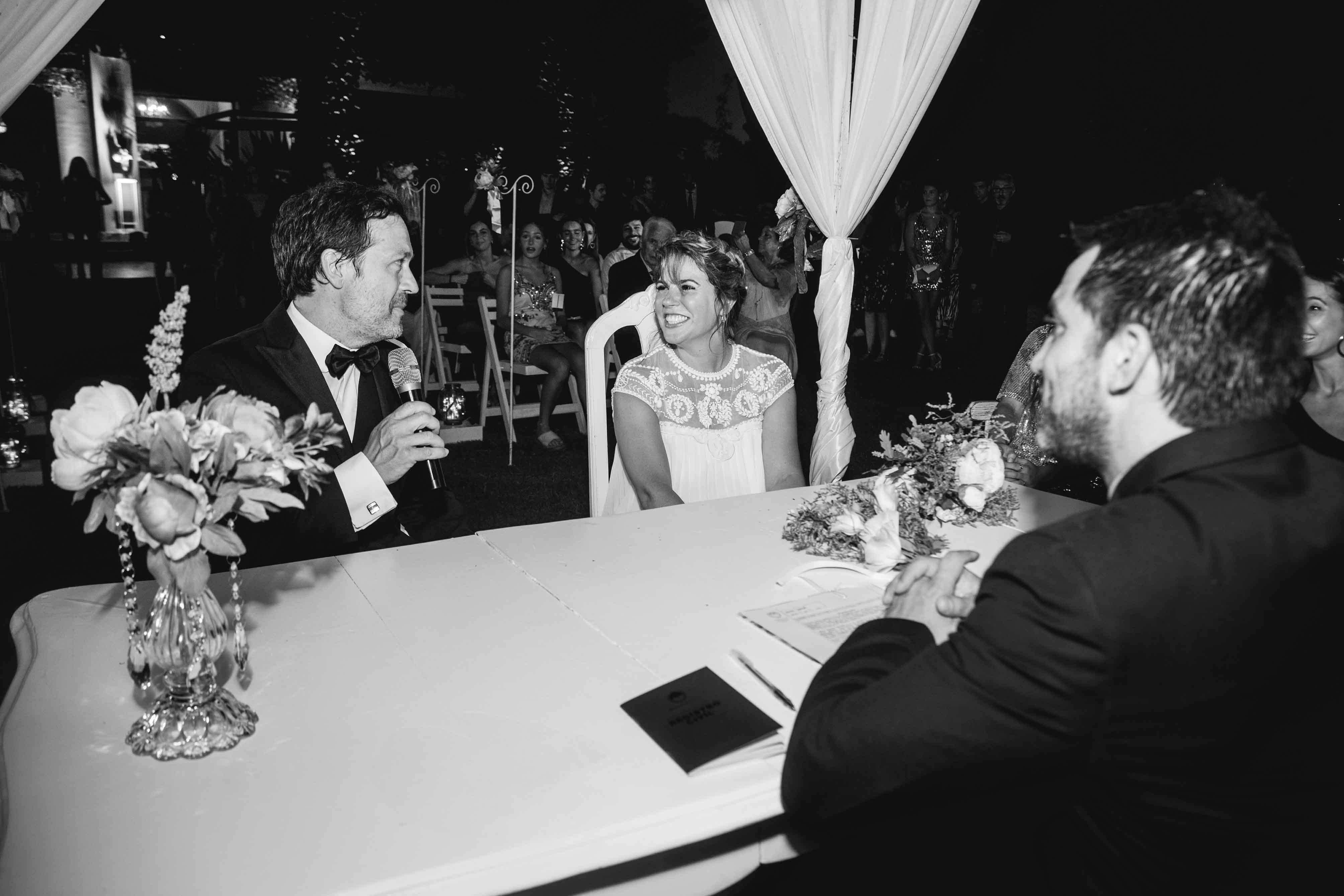 Fotos de la boda de Vicky y Fer en Rosario Realizadas por Bucle Fotografias Flor Bosio y Caro Clerici
