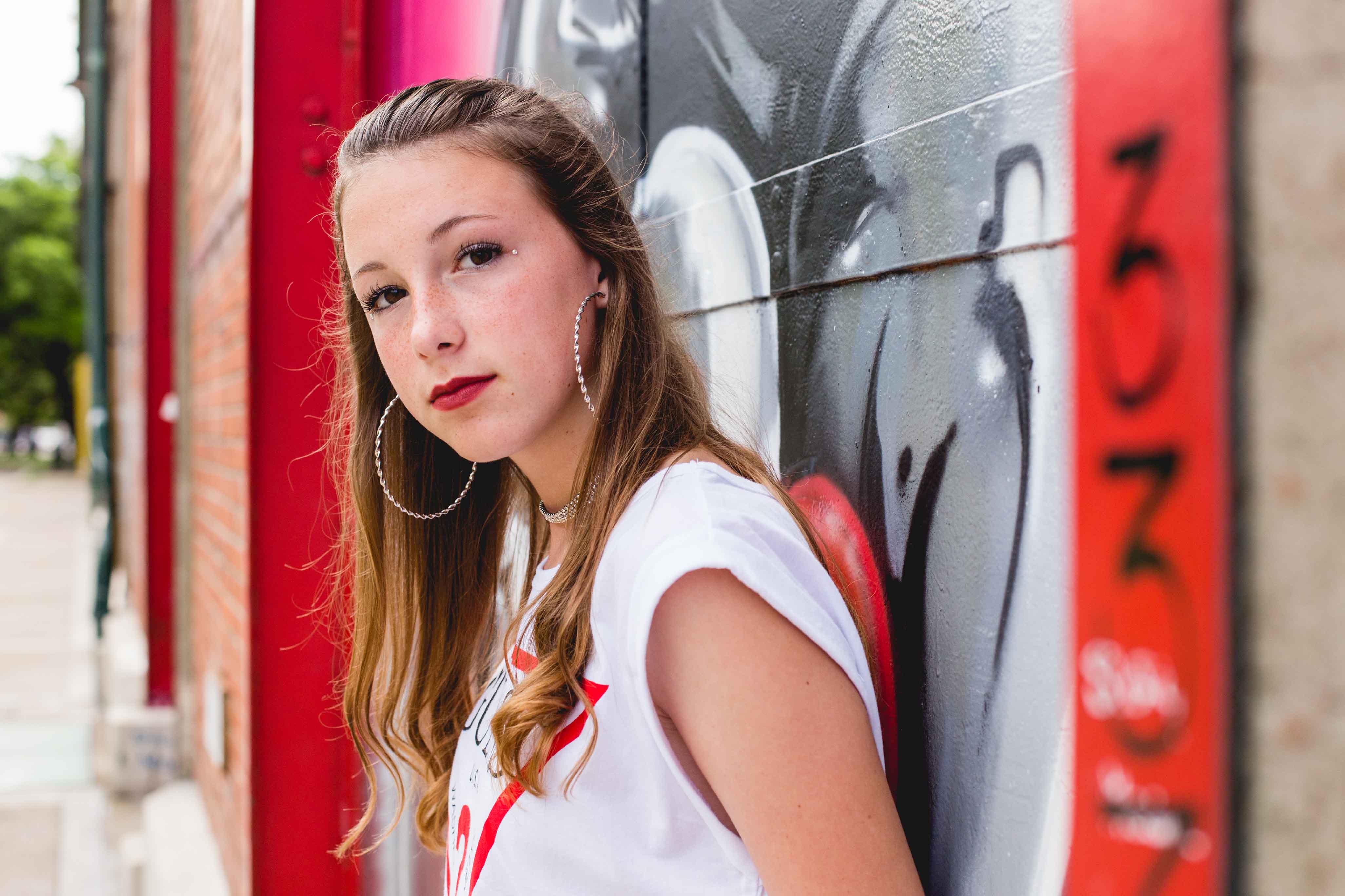 Fotos del book de quince años de Ines en Rosario realizadas por Bucle Fotografias Flor Bosio y Caro Clerici