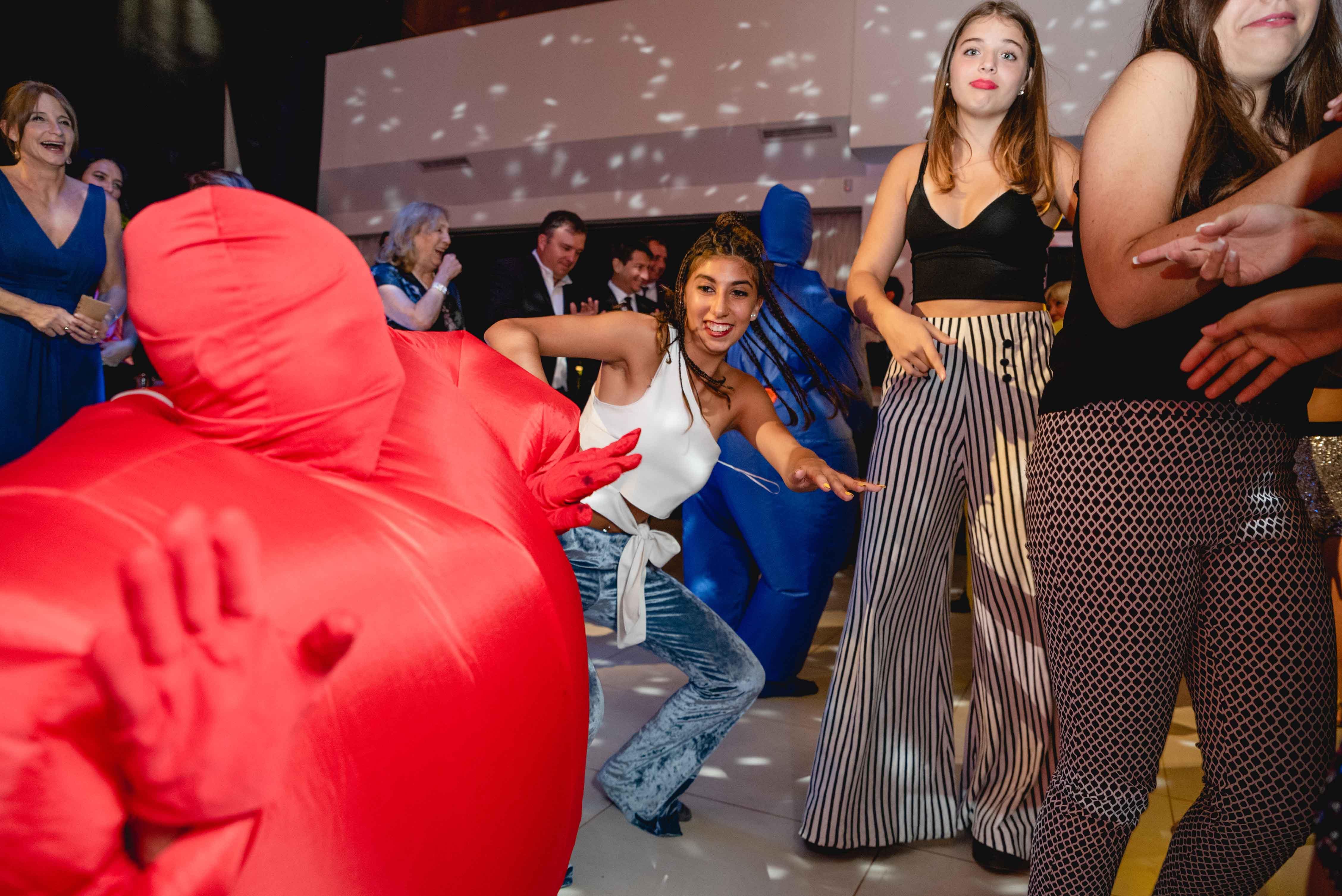 Fotos de la fiesta de quince de Ines en Rosario realizadas por Bucle Fotografias Flor Bosio y Caro Clerici.