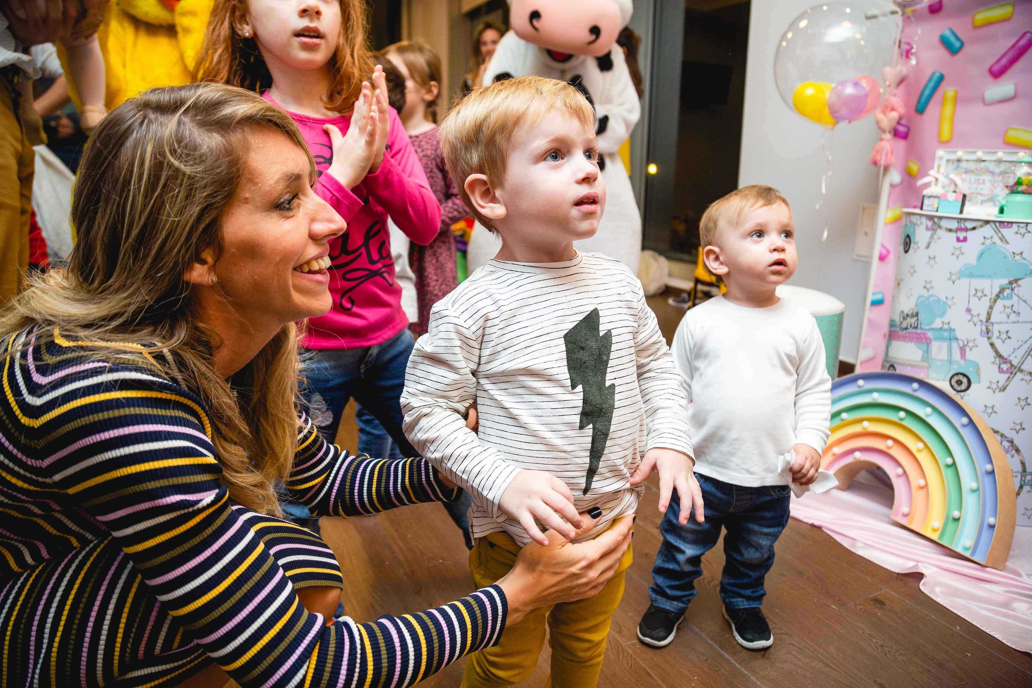 Fotos del cumpleaños de un año de Lisa en Rosario realizadas por Bucle Fotografias Flor Bosio y Caro Clerici