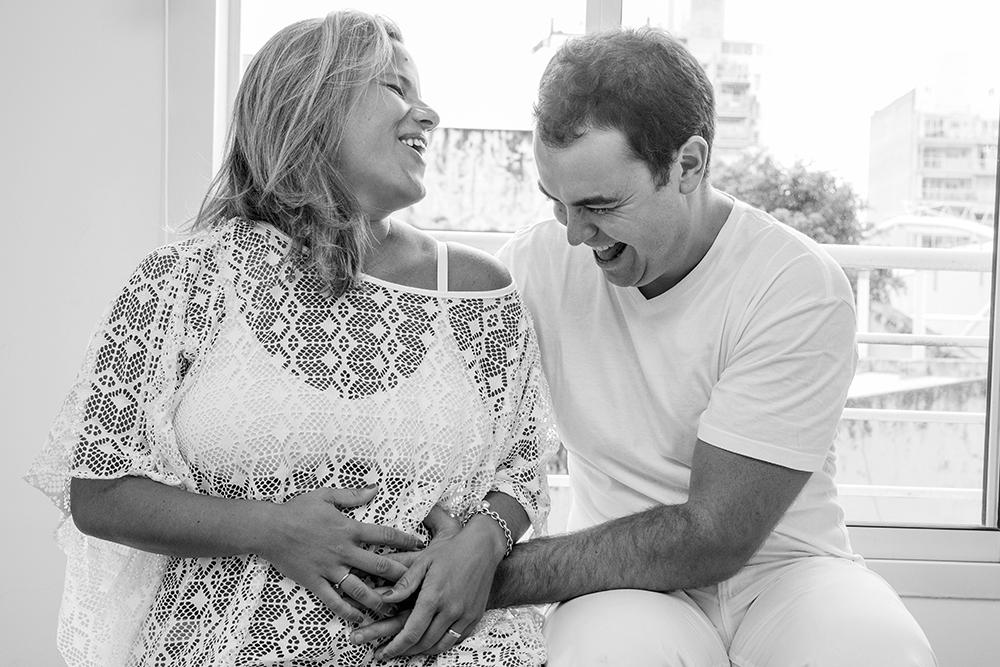 Fotos de la espera y el nacimiento de Francesca Fotografia documental de familia en Rosario Fotografas Flor Bosio y Caro Clerici
