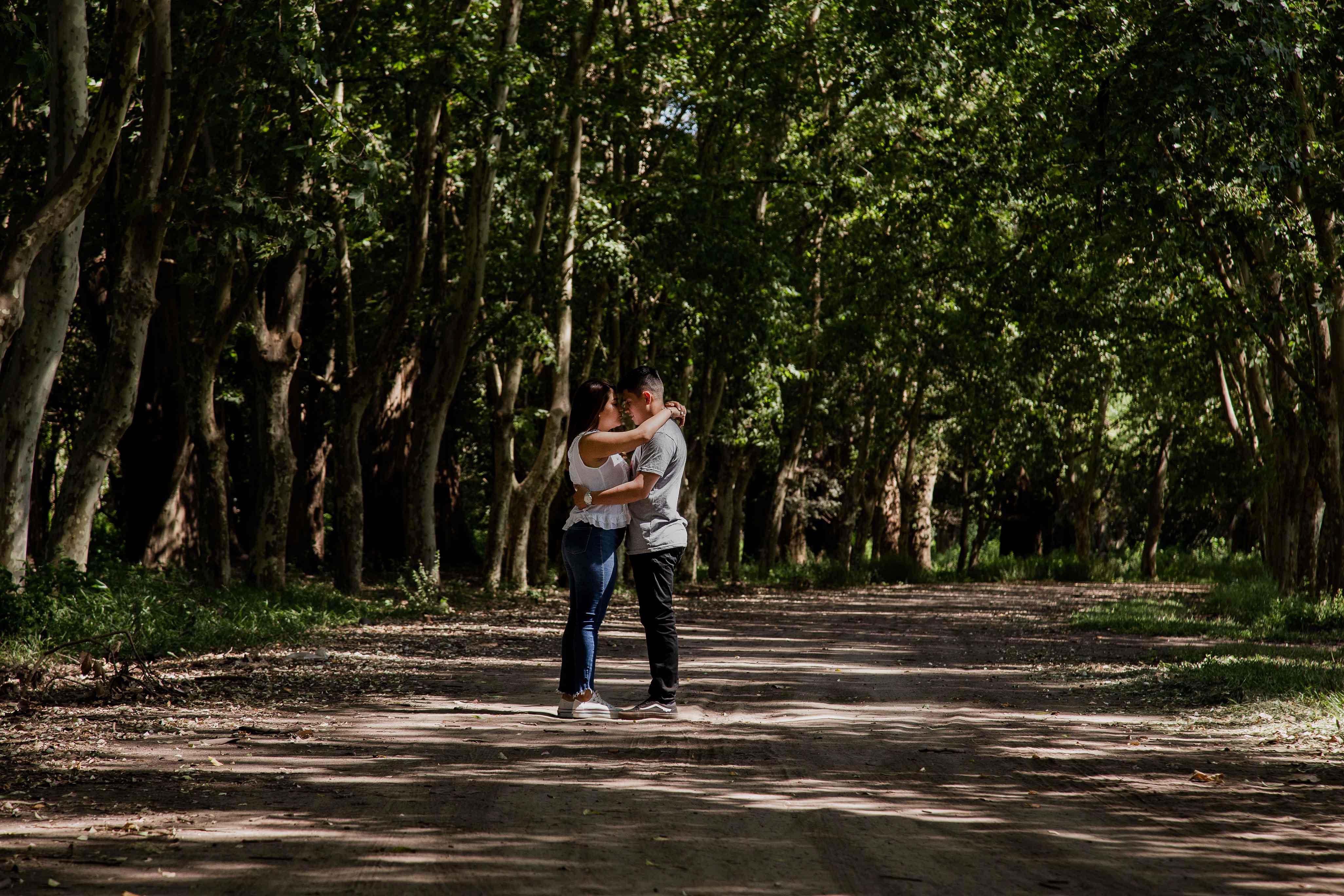 Fotos de la pre boda de Karen y Claudio en Rosario realizadas por Bucle Fotografías Flor Bosio y Caro Clerici