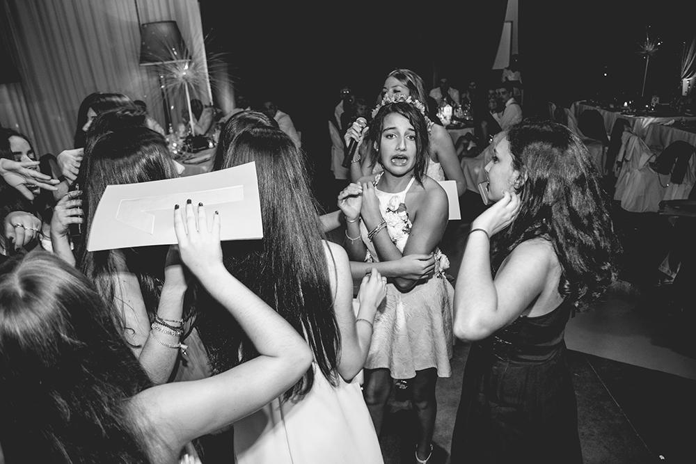 Fotos del quince de Vale. Quinceaños en Rosario realizado por Bucle Fotografías.Fotógrafas Flor Bosio y Caro Cle