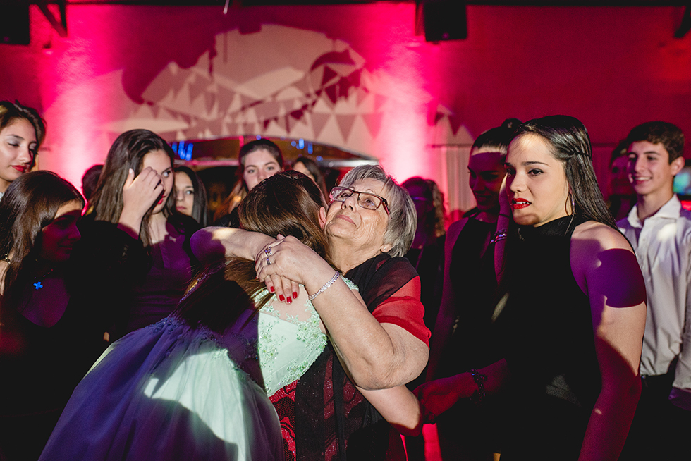 Fotos del cumpleaños de XV de Cony en Rosario Bucle Fotografias Flor Bosio y Caro Clerici