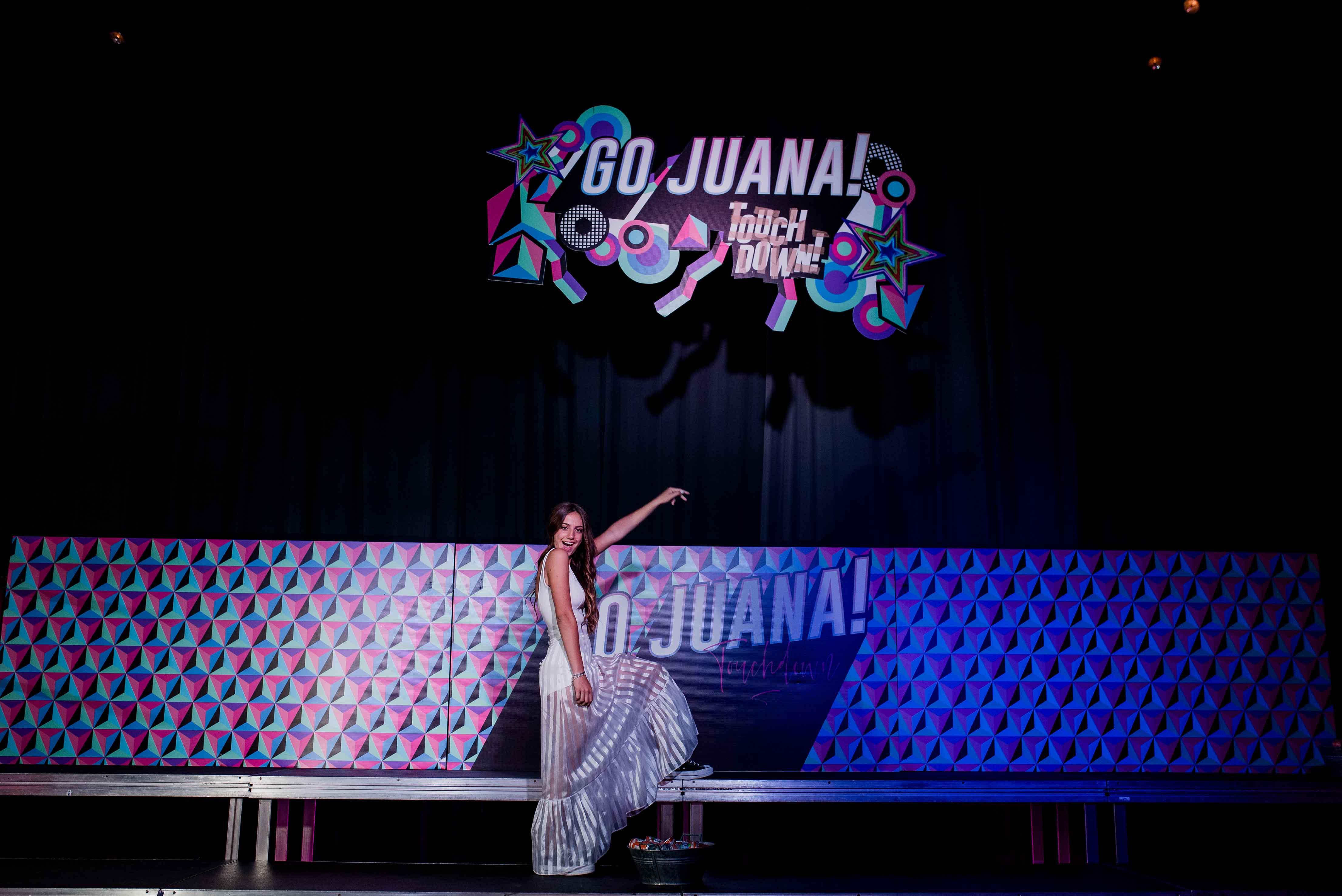 Fotos del quince de Juana en Rosario realizadas por Bucle Fotografias Flor Bosio y Caro Clerici