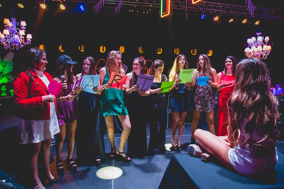 Fotos del cumpleaños de XV de Martu Coletto en Rosario Bucle Fotografias Flor Bosio y Caro Clerici