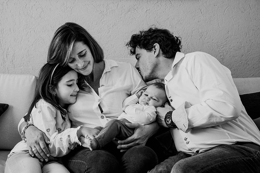 Fotos de recién nacida de Gio en Rosario realizadas por Bucle Fotografias Flor Bosio y Caro Clerici