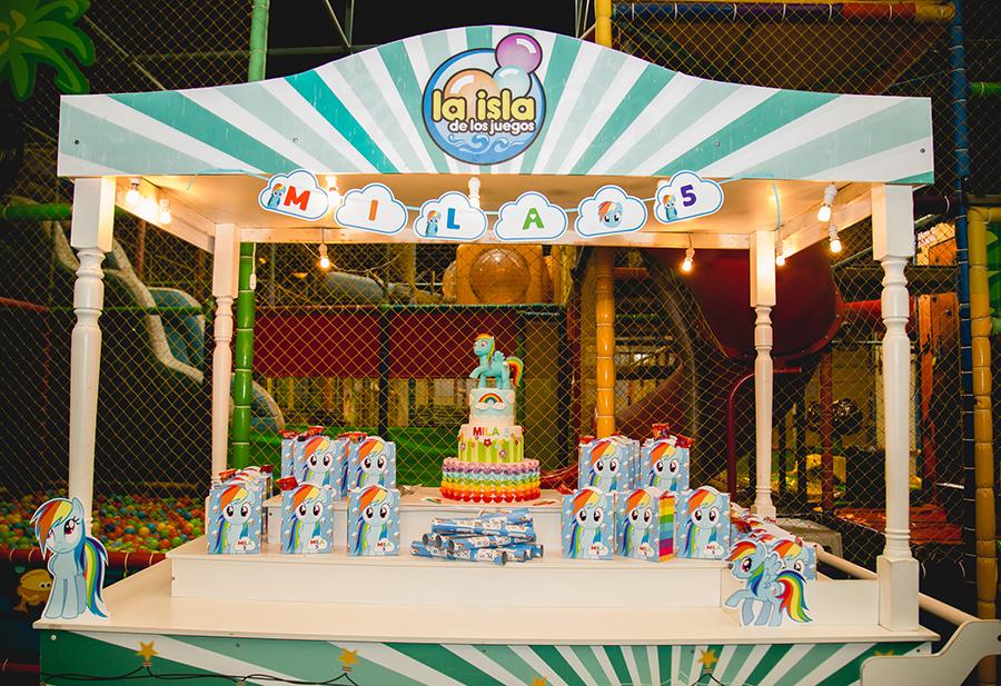 Fotos del cumpleaños de Mila en Rosario realizadas por Bucle Fotografias Flor Bosio y Caro Clerici