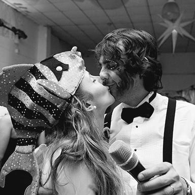Imagen destacada, fotos de la boda de Belu y Ariel.Casamiento en Casilda realizado por Bucle Fotografías.Fotógrafas Flor Bosio y Caro Cle