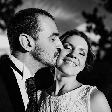 Imagen destacada de las fotos de la boda de Ani y Munir en Rosario realizadas por Bucle Fotografias Flor Bosio y Caro Clerici