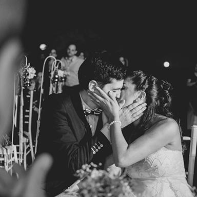 imagen destacada, foto de la boda de Ceci Y Sergio por Bucle Fotografías