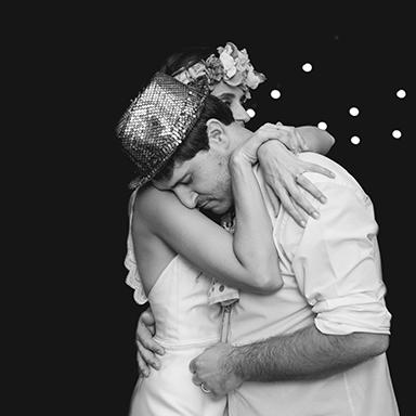 Imagen destacada fotos de la boda de Euge y Gonza.Casamiento en Rosario realizado por Bucle Fotografías.Fotógrafas Flor Bosio y Caro Cle