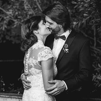 Imagen destacada fotos de la boda de Josefina y Pablo en Rosario realizado por Bucle Fotografías.Fotógrafas Flor Bosio y Caro Cle. Villa Margherita