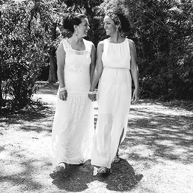 Imagen destacada de fotos de la boda de Nati y Ceci en Buenos Aires realizado por Bucle Fotografías.Fotógrafas Flor Bosio y Caro Cle.