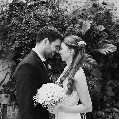 Imagen destacada de las fotos de la boda de Nay y Nico en Rosario realizadas por Bucle Fotografias Flor Bosio y Caro Clerici