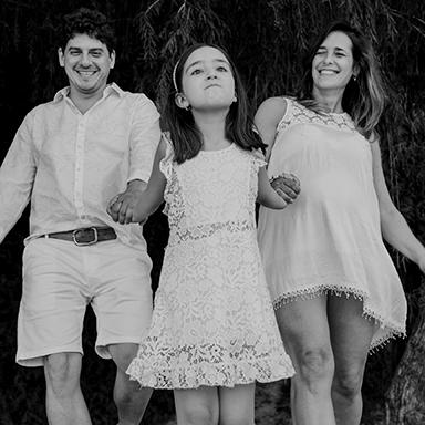 Imagen destacada de las fotos de la sesión pre natal de Gio en Rosario realizadas por Bucle Fotografias Flor Bosio y Caro Clerici
